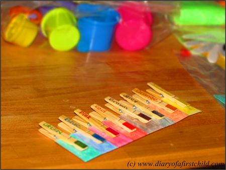 Busy Bags: Colour Matching With Pegs