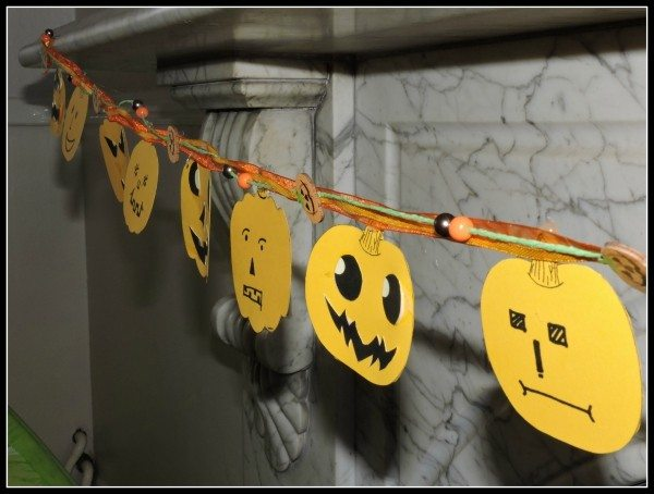 Pumpkin Garland Hanging
