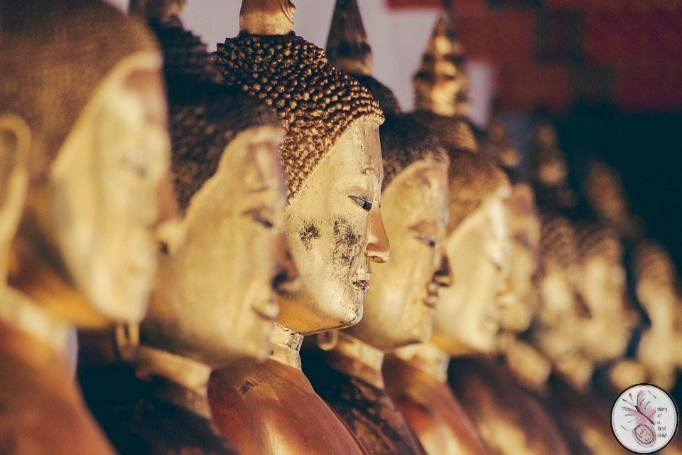 statues-919023_960_720